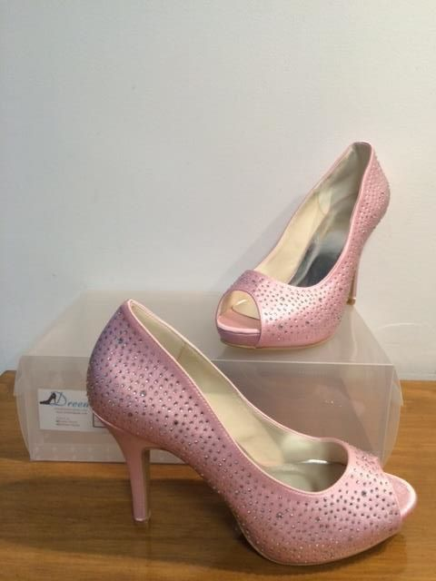 Made to order model 22 Shown in Pink satin 10cm heel  Size 3-11 $99 (with free postage)  THESE ARE PART OF OUR CUSTOM ORDER RANGE- 26 COLOUR & FABRIC COMBINATIONS WITH 7 HEEL HEIGHTS www.dreemshoes.com