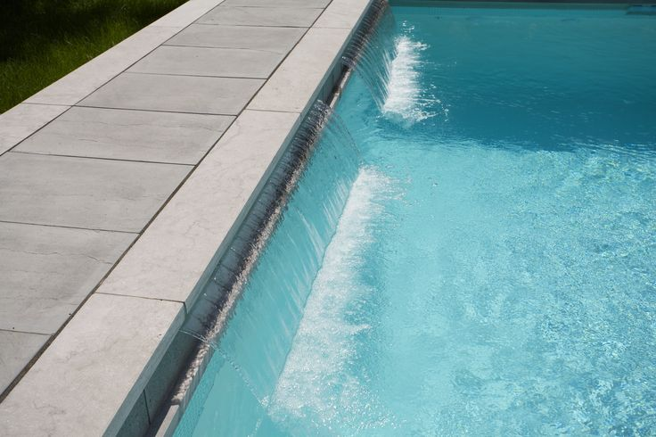 #waterfeature #pooldesign #swimmingpool #waterfall #landscaping