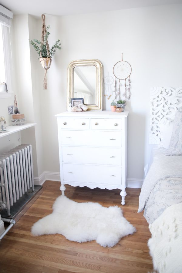All White, Romantic Bohemian Bedroom Pictures Gallery