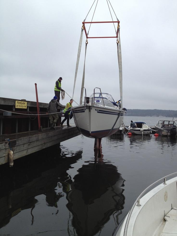 Och......där börjar seglings sesongen 2012! :)