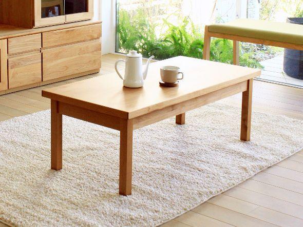 北米産のアルダー材を使ったナチュラルリビングシリーズのリビングテーブル。アルダー材は木質が柔らかく、きれいな木目と肌触りの良さが特徴です。天板は耐消耗性や表面硬度を高めるためウレタン塗装で仕上げられています。サイズは幅105cmと120cmのご用意。他のナチュラ…
