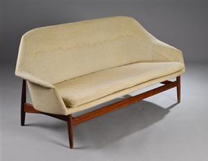 Køb og sælg moderne, klassiske og antikke møbler - Ib Kofod-Larsen. Sofa med stel af palisander - DK, Herlev, Dynamovej