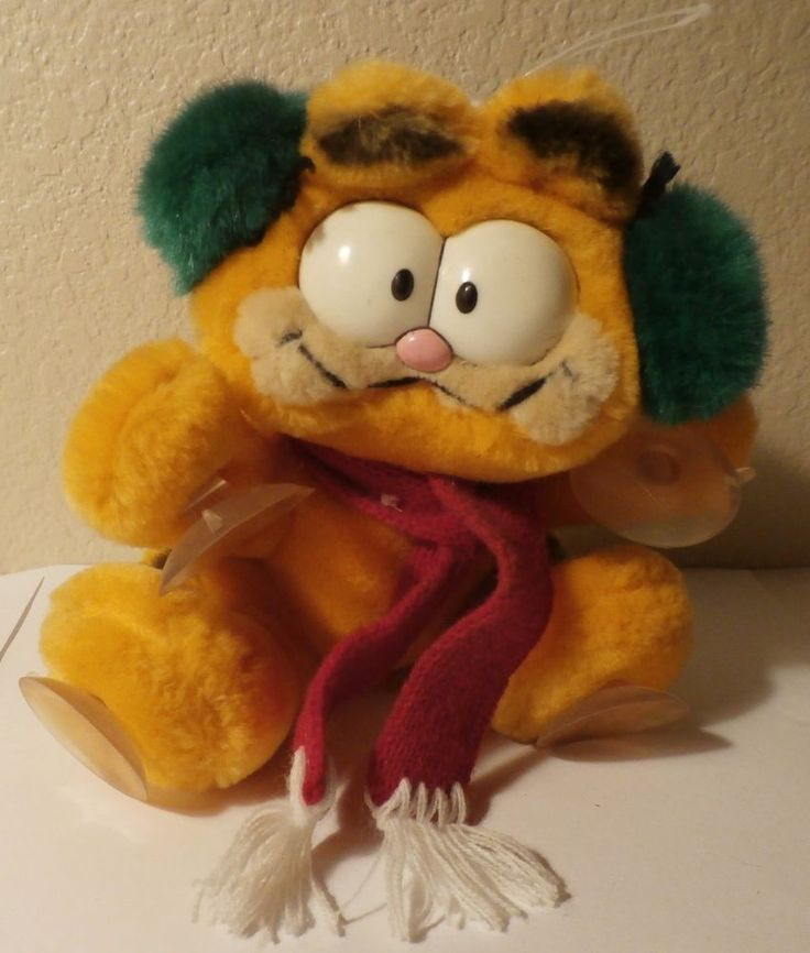 Vintage 1981 Garfield Stuffed Plush Window Suction Cup Attack Christmas  VGC