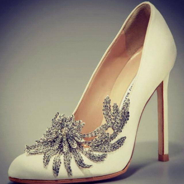 Twilight wedding shoes... Completely stunning.