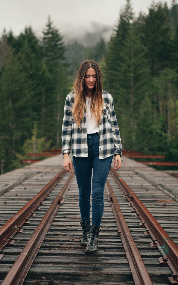 Stay on track for fall with flannel & slim denim, but do it on a train-free path, pretty please