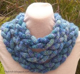 FitzBirch Crafts: Braided Cowl. This is done on circular needles. But I'm going to try doing this on a loom or a French loom. ♥LLKW-MRS♥ Well I'm going to give it try.