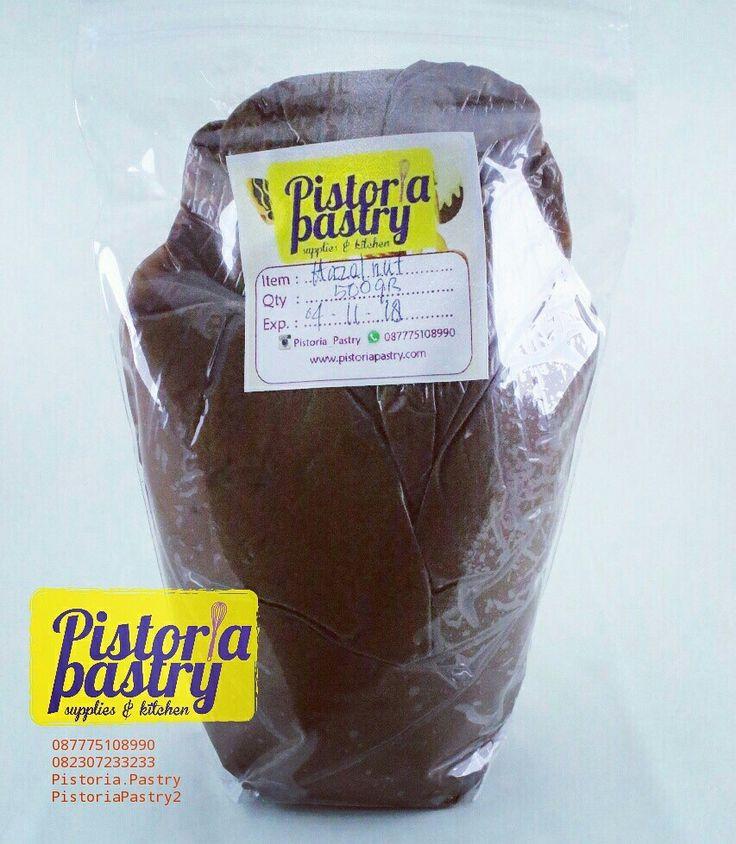 Glaze Choco Hazelnut Kemasan repack : Rp 43.000,-/ 500 gr  Bisa di order via admin : WA :087775108990/082307233233 Line: Pistoria.Pastry/PistoriaPastry2  Atau buat yg mau lgs cek ke : www.tokopedia.com/pistoriapastry  #pistoriapastry #onlineshopjakarta #toko #onlineshopindonesia #tokobahankueonline #jualanku #bumbu #manisan #yummy #glaze #chocolate #huzelnut #selai #selaihazelnut #selaicoklat #selaicoklathazelnut #topping #donat #cake #citarasa