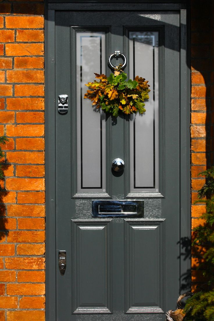 Victorian home front, door in Farrow & Ball Downpipe, home & garden renovations by Hendy Curzon Gardens #autumnfrontofhouse #victorianhouses #farrow&ballfrontdoors