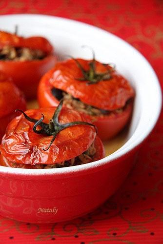 Марокканские помидоры, фаршированные перцами, тунцом и каперсами