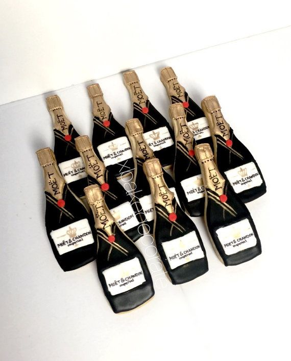 Champagne Bottle Cookies