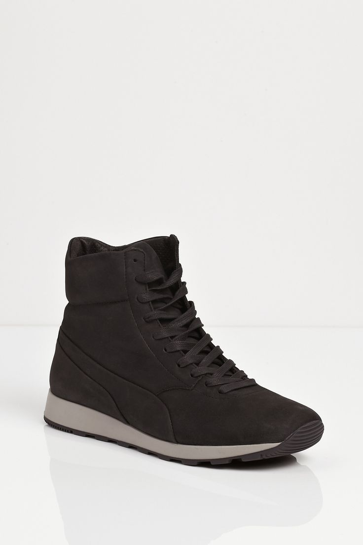 {Puma by Hussein Chalayan / 02 shoe / 06 sneakers} Gravity Mid High Top