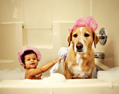 Και στο μπάνιο μαζί...