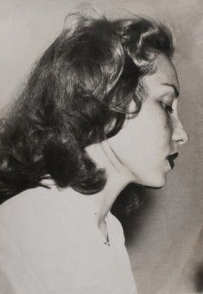 ''She's the most important Jewish writer since Kafka!' Said some  critics at the  time. Clarice Lispector's short stories haunted my youth and colored my early days. Her writing is incredibly sexy, dark, subtle and real. ''I wanna write like this woman'', said to myself when l was 17.  ''Why this world'' is a great article about her life, from The Spectator.