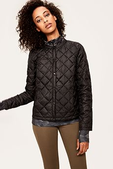 Shop Lolë's TEAGAN JACKET + Free Shipping! #Puffer #Jacket #Packable #QuiltedJacket #Athleisure #Gift #LoleWomen
