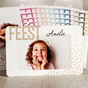Feestelijke postkaart met gouden confetti | Tadaaz #communie #lentefeest #foto #confetti #goud #feest