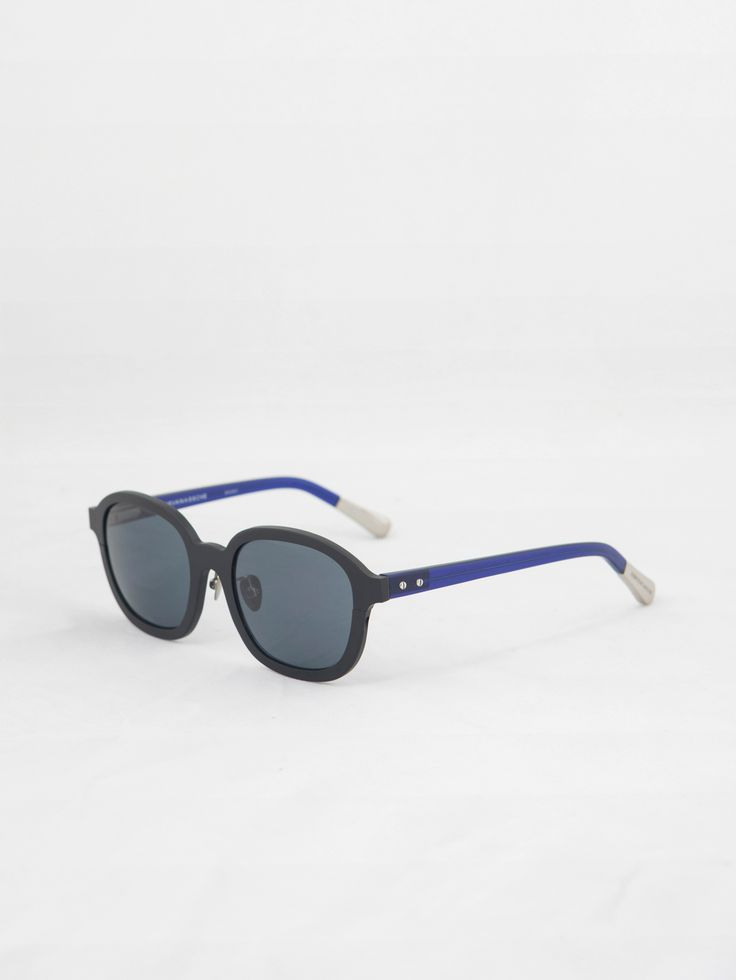 LINDA FARROW X KRIS VAN ASSCHE , Siyah Aluminyum Güneş Gözlüğü  #shopigo#shopigono17#accessories#womenswear#menswear#fashion#sunglasses#style#colourful