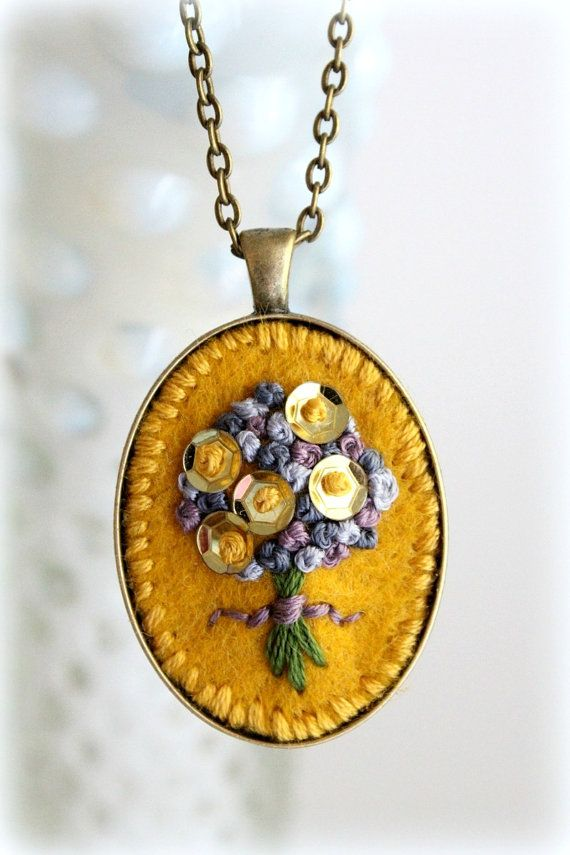 Embroidered Jewelry. Embroidered Jewellry. Felt di sewhappygirls
