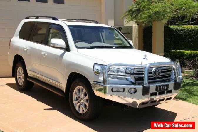 2016 Toyota Landcruiser VDJ200R Sahara White Crystal Pearl Automatic 6sp A #toyota #landcruiser #forsale #australia