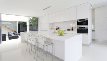 White on White Modern Kitchen Design with Polished Porcelain Tile