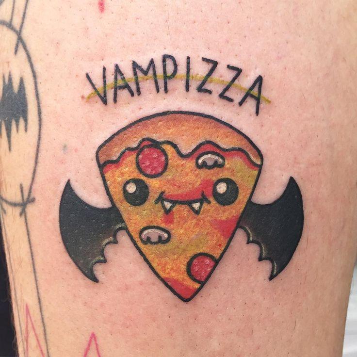 """""""Podemos empezar ya con la semana terrorifica? Vampizza dice que sí! Aún quedan varios diseños disponibles del flash (pandita, fantasmas y manzana de…"""""""