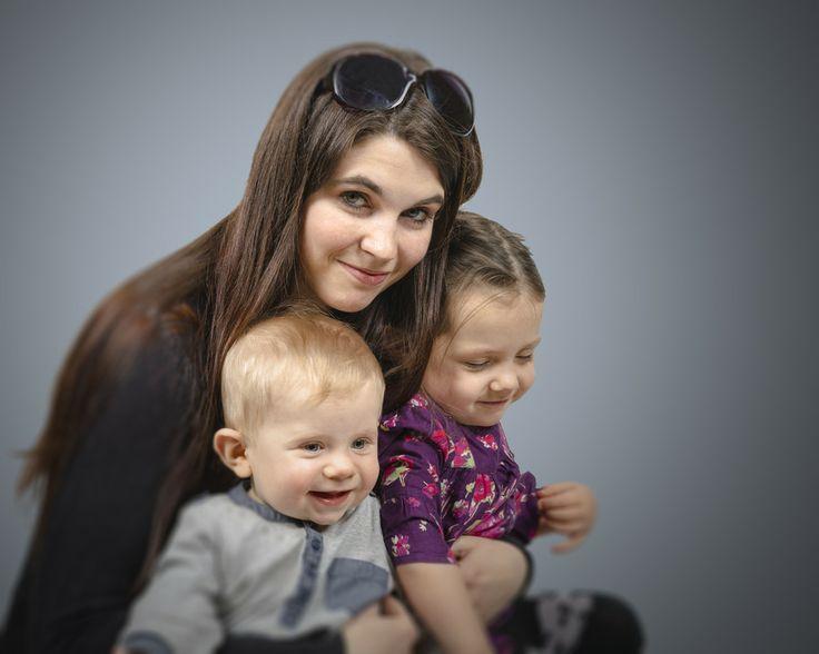 young MOM by Tomasz Jurkowski on 500px http://www.photokameljurkowski.pl