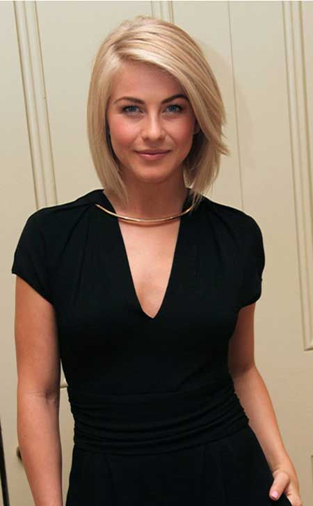 The Short Straight Blonde Hairstyle