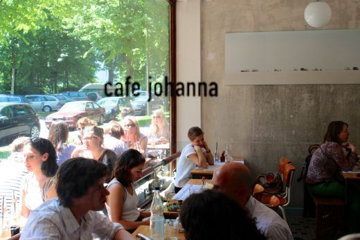THE GEORGE unterwegs: Geheimtipp zwischen Elbe und Kiez – das Café Johanna