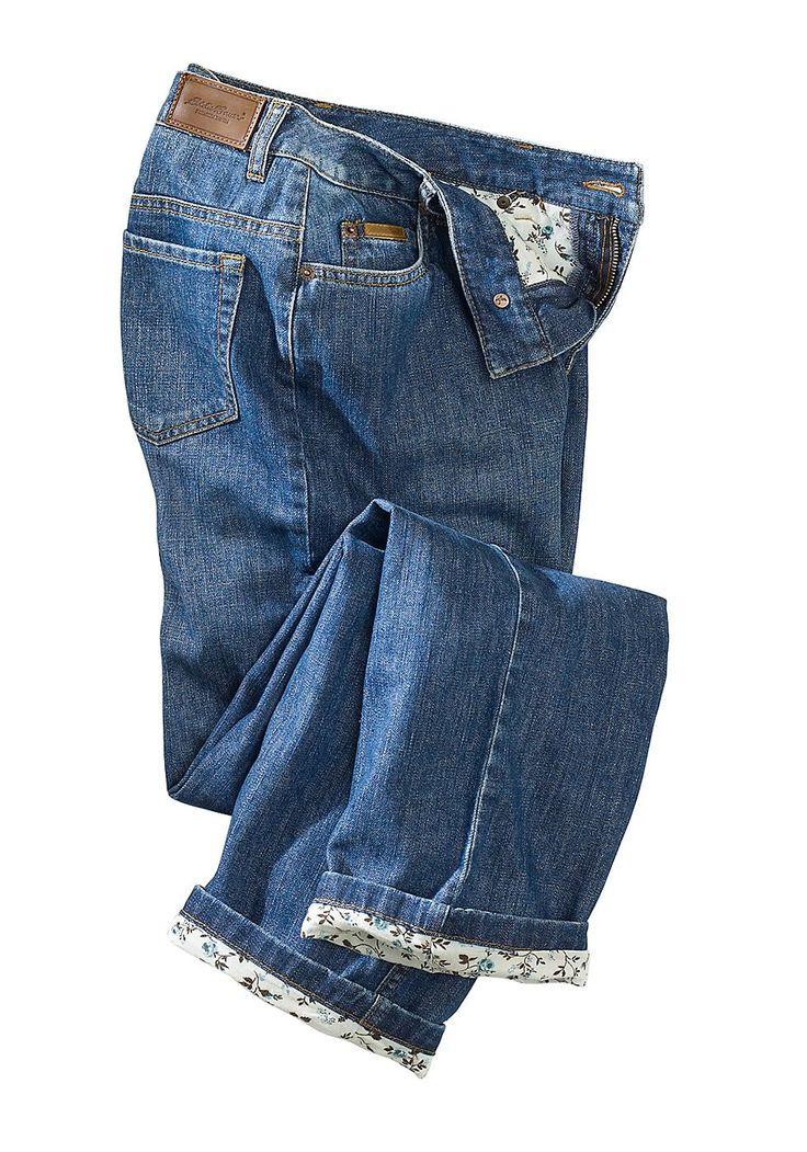 Produkttyp , 5 Pocket Jeans, |Stil , Basic, |Bund+Verschluss , Knopf, |Passform , für die kurvige Figur, |Leibhöhe , Bund auf Taille, |Beinform , gerades Bein, |Vordertaschen , Seitliche Eingrifftaschen, |Gesäßtaschen , Mit aufgesetzten Taschen, |Saum , durchgesteppt, |Material , Baumwolle, |Materialzusammensetzung , Obermaterial und Futter: 100% Baumwolle., |Pflegehinweise , Maschinenwäsche, |...