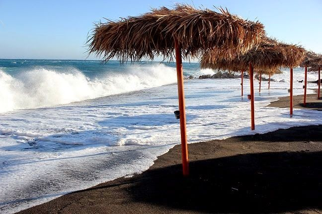 Backpacking Greece:Santorini,Perissa Black Beach