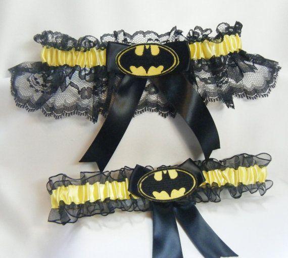 Hecho a mano Batman boda ligas negra y por SheerSatinandLace