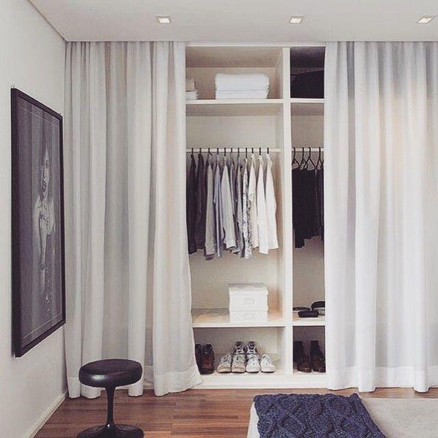 >> cortina no lugar de portas! economia + leveza . quem também gostou?  #boasideias #sweethome #quarto #guardaroupa #economize #design #besimple #simplehome #ideasforhome #ideiasparacasa #thinkdiferent #homedecor #diy #doityourself #designdeinteriores #interiores #furniture #besimpleandfree