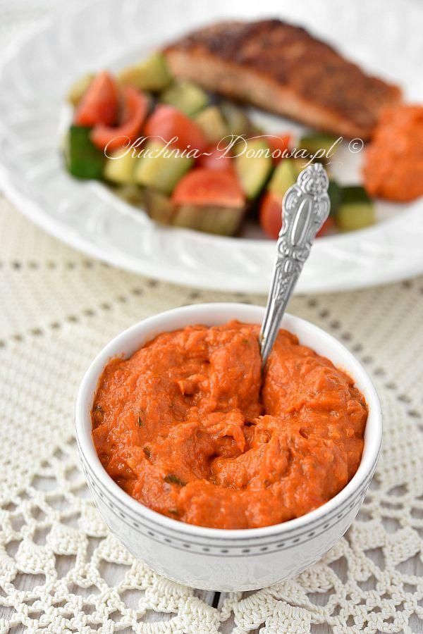 Pasta z pieczonej papryki i pomidorów