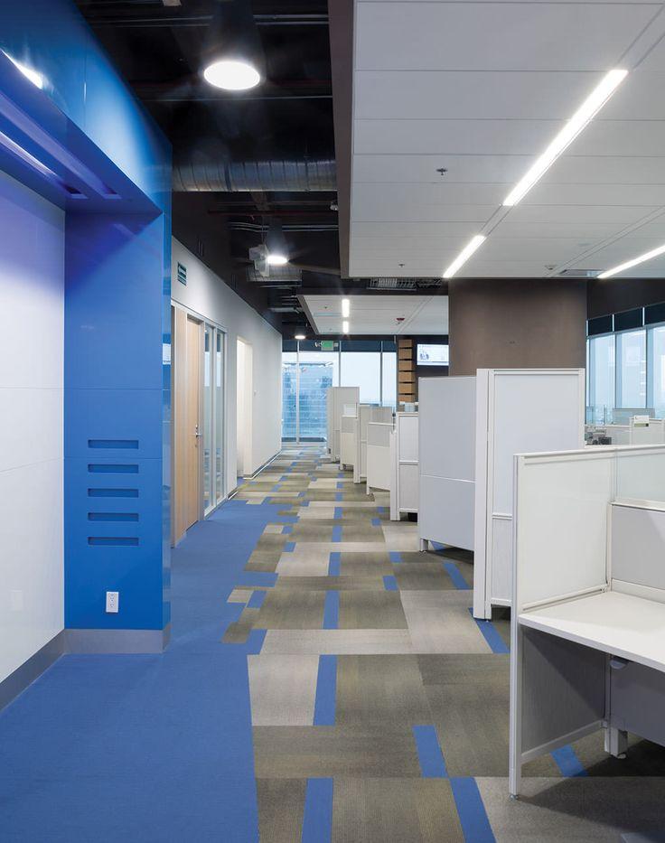 CISCO Modulated Carpet, Blue carpet, Flown Ceiling, Linear Lamp | Alfombra modular, alfombra azul