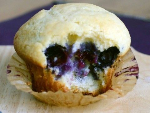 8-Ingredient-Easy-Bluebery-Muffin-Recipe