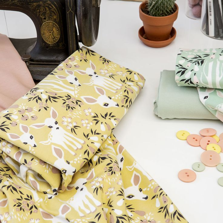 Jersey, Light Green | Nosh.fi ENGLISH  | Get inspired by new NOSH fabrics for Summer 2017! Discover new colors and prints in quality organic cotton. Shop new fabrics at en.nosh.fi