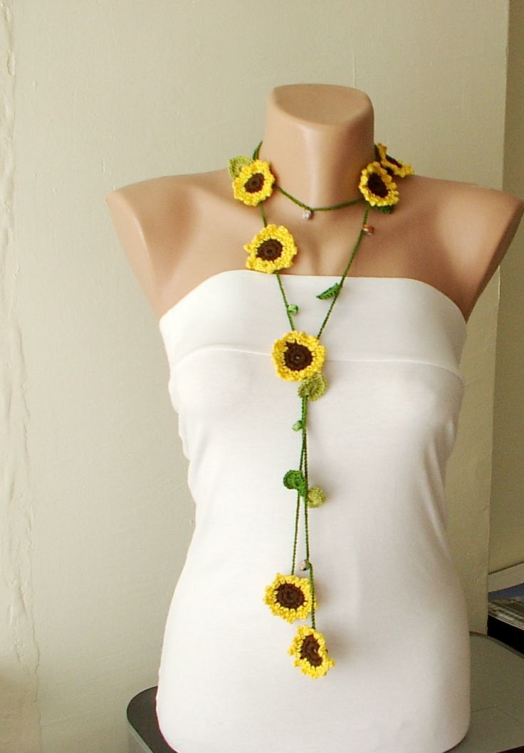 Crochet flower lariat - inspiration only