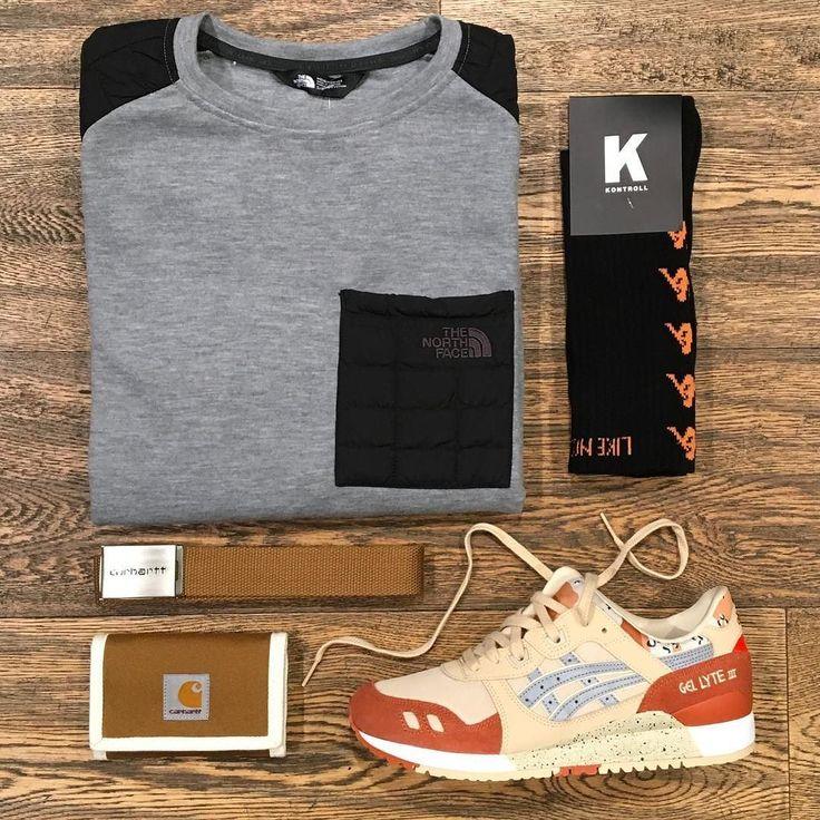 Fuji _ Featuring: The North Face Kappa Asics Carhartt _ Disponibili in store e online su @graffitishop www.graffitishop.it _ Spectrum Store via Felice Casati 29 Milano / spectrumstore.com / tel. 39 02 67071408 / #spectrumstore #graffitishop #causeitsyourworld #streetwear #graffiti #milano #sneakers #sneaker #snapback #kicks #trainers #spectrum #casatiblock #outfit #fashionblogger #blogger
