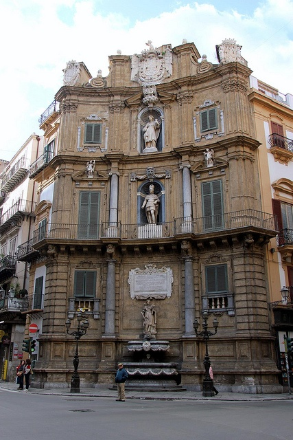 Quattro Canti, Palermo, Italy (the four corners) such a beautiful place!