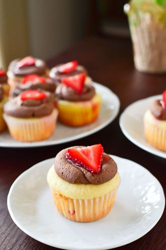 Strawberry Nutella crepe cupcake!