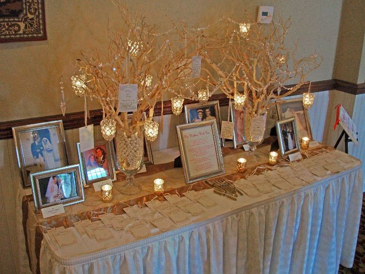 Memory table for loved ones who have passed away.
