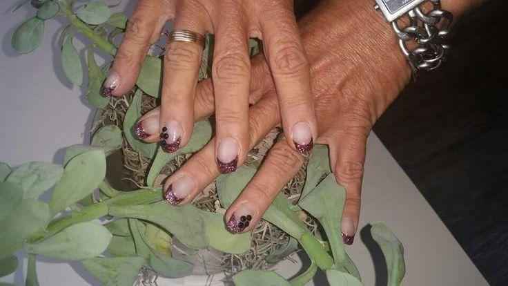 Wildberry acrylic nails Black ringstones