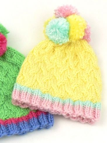 Pom Pom Hats: free knitting pattern