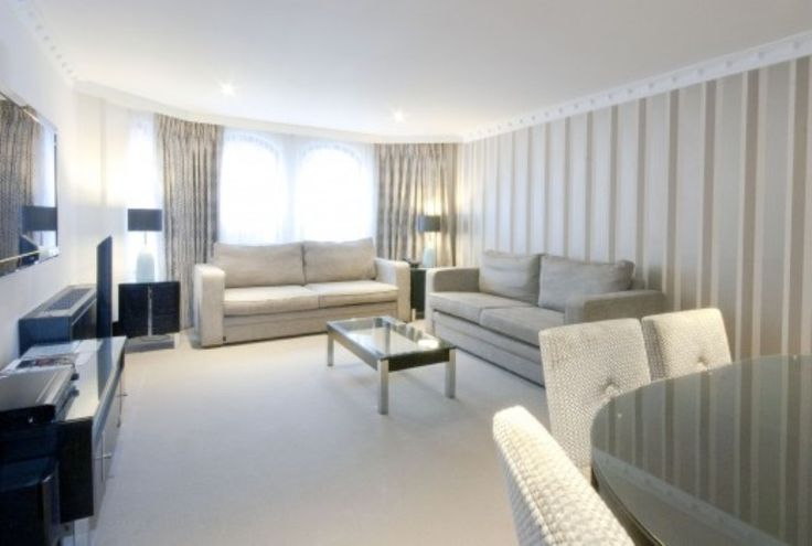 Mayfair Vacation Rentals | short term rental london | London self catering accommodation Apartment Rentals, London: Ultra Chic Apartment with Jacuzzi and Parking @HolidayPorch https://www.holidayporch.com/rental-1459