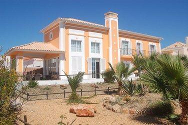 Villa in Luz de Tavira for LONG TERM LET 3km from nearest beach in Pedras del Rei - Tavira, Algarve