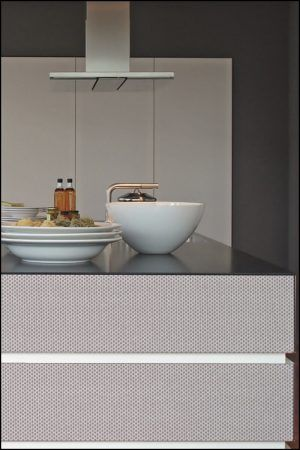 10 best Contrasting colours kitchen - Grey Manhatten combined with