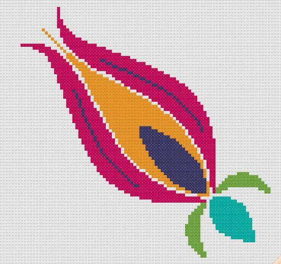 Cross stitch pattern of traditional ottoman tulip by MUMMYSTITCHES