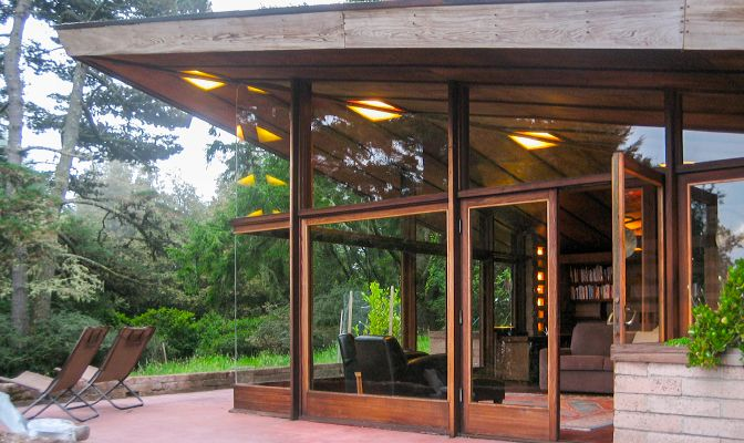 Cottage_Inverness, California_designed by Lois Davidson Gottlieb (apprentice to Frank Lloyd Wright, 1948 to 1949)