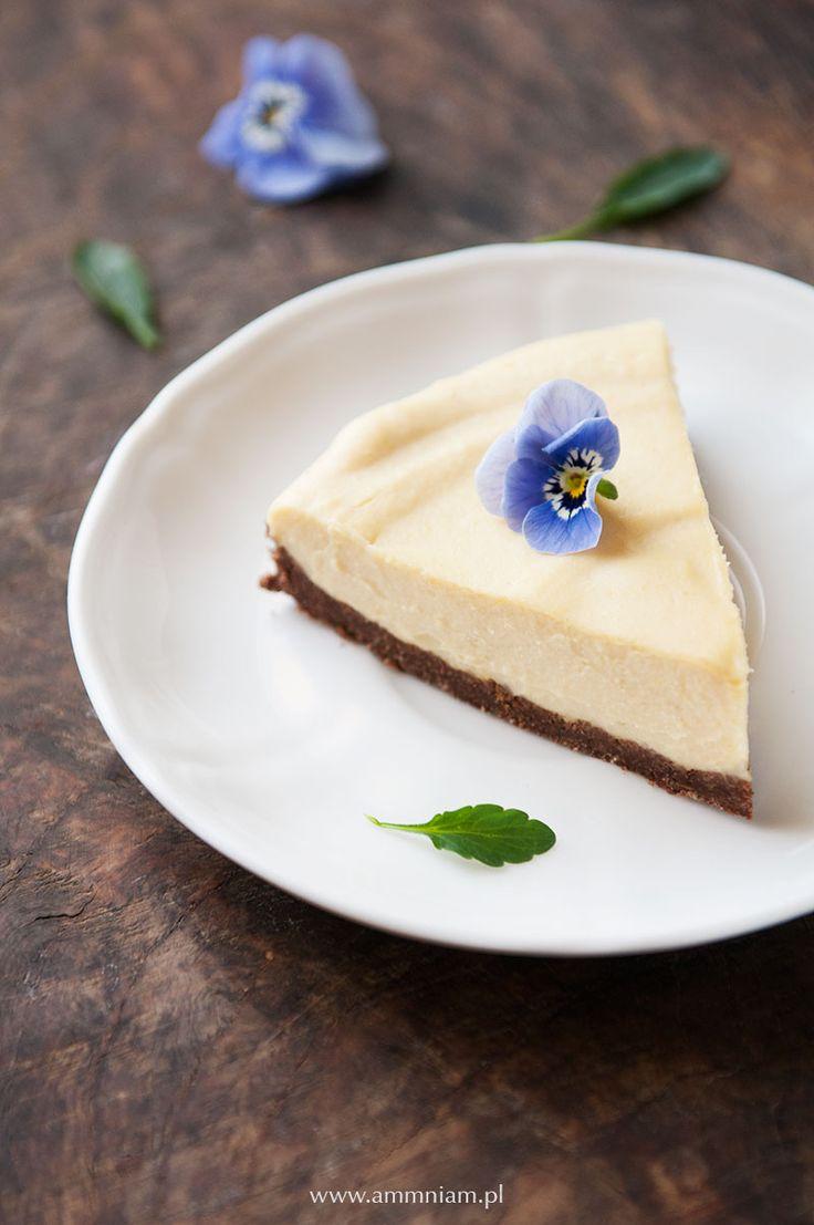Pyszne cytrynowe ciasto bez pieczenia, bez cukru i glutenu. Idealne na Wielkanoc.