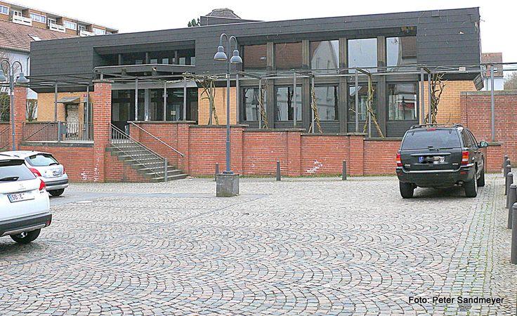 #CDU #Sulzbach   #Gewinnen #Sie #mit uns! #CDU #in Sulzbach/Saar #Wie #sich Muslime #gegen Vorwuerfe wehren&13; #Mit #diesem #Video #im #Internet #wirbt #die Muslimische #Gemeinde #Saarland #um #Spenden. 600 000 #Euro #braucht #die #Organisation #nach Angaben #des Vorsitzenden #und seines Stellvertreters #fuer #den #Umbau #der #alten #Sulzbacher #Post #zu #einer #Moschee.#Sulzbach. #Geht #von Salafisten #in #Sulzbach #eine Terrorgefahr http://saar.city/?p=66439
