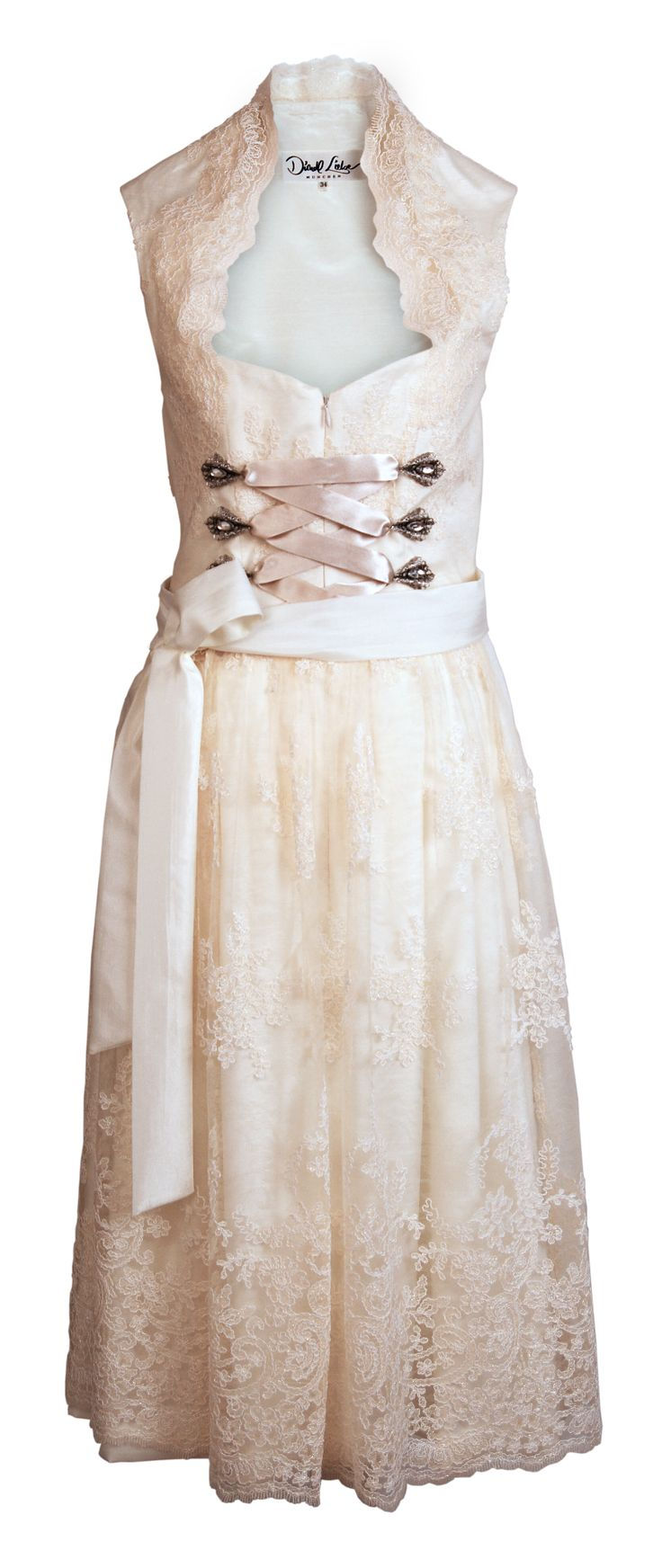 sweet and soft. perfect for weddings. Dirndl Liebe - München
